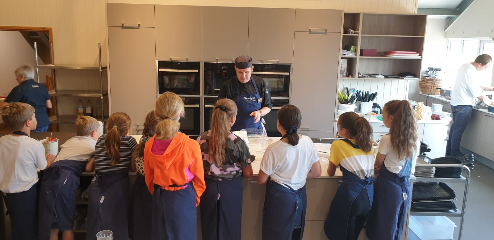 Children Cooking 8